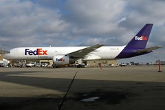 N934FD FedEx Express 757-21B at KCLE (GeorgeM757) Tags: n934fd fedexexpress federalexpress 75721b 757 aircraft aviation airport airplane boeing kcle clevelandhopkins georgem757 canon ramp freighter cargo
