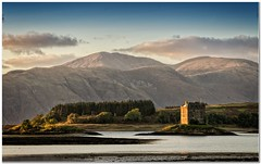 Castle Stalker (Hugh Stanton) Tags: loch stalker castle mountains