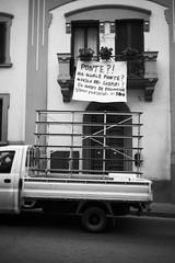 L1045762 (Daniele Pisani) Tags: lenzuola signa protesta smog traffico code file lastra nebbia fuomo fumo strada