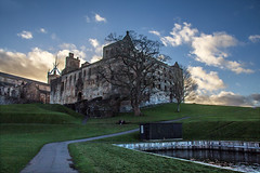 Linlithgow Palace (alancunningham242) Tags: sky building green water church elitephotography