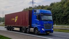 AJ25434 (15.10.15)DSC_6369_Balancer (Lav Ulv) Tags: 196644 contrans blue import 2012 afmeldt2017 retiredin2017 abgemeldet2017 container mercedesbenz actros actros963 actros2551 6x22 e6 euro6 caru truck truckphoto truckspotter traffic trafik verkehr cabover street road strasse vej commercialvehicles erhvervskøretøjer danmark denmark dänemark danishhauliers danskefirmaer danskevognmænd vehicle køretøj aarhus lkw lastbil lastvogn camion vehicule coe danemark danimarca lorry autocarra danoise vrachtwagen trækker hauler zugmaschine tractorunit tractor artic articulated semi sattelzug auflieger trailer sattelschlepper vogntog oplegger sættevogn motorway autobahn motorvej vibyj highway hiway autostrada