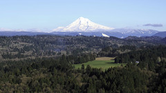 Close .... (Eclectic Jack) Tags: hood mount mt mountain snow oregon northwest pacific sky cloud tree trees forest nature outdoors range cascades telephoto lens winter 2019 march