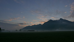 Burning Sky Schnappenberg Hochlerch (Aah-Yeah) Tags: bodennebel nebel fog mist schnappenberg hochlerch achental chiemgau bayern morgenrot sonnenaufgang sunrise