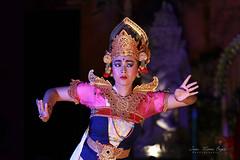 Legong Trance Paradise Dance. (jmboyer) Tags: ba656 ©jmboyer bali indonesie portrait indonésie asie asia travel canon géo
