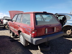 1989 Ford Escort 1989 Ford Escort station wagon (dave_7) Tags: 1989 ford escort stationwagon car wagon scrapyard junkyard