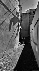 Lissabon Gente de Lisboa 72 bw (rainerneumann831) Tags: bw blackwhite street streetscene ©rainerneumann urban monochrome candid city streetphotography blackandwhite frau gentedelisboa alfama lissabon lisboa