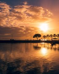 Wynnum Sunrise (jamesgardiner__) Tags: sunrise sunscape wynnum nikond3500 nikon brisbane australia sun waterfront beach beachscape hot landscapephotography landscape