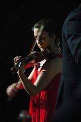 Rojo (Guillermo Relaño) Tags: maxbruch camerata musicalis teatro nuevoapolo madrid guillermorelaño nikon d90 concierto número1 n1 violín violin especial ¿porquéesespecial orquesta orchestra mariadelmarjurado solista rojo red
