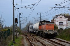 BB64621 et BB64609 + Rame de désherbage à Pont d'Ardres
