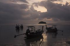 ko lipe, thailand (emiliano facchinelli) Tags: kolipe thailand longtailboat sunrise clouds