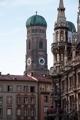 München - Turm der Frauenkirche (CocoChantre) Tags: bauwerk bayern deutschland europa kirchturm münchen turm welt de