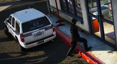 LSPD K-9 02 (Vision7124) Tags: gtav video game lspd los santos police departmnet vehicle car chevrolet chevy tahoe k9 grand theft auto