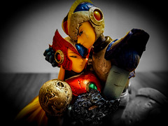 MEGAMAN X ZERO CRYING STATUES (The Megaman Collector) Tags: megaman x zero crying statues