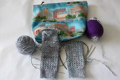 86/365: Time for Heels (jchants) Tags: 365the2019edition 3652019 day86365 27mar19 project365 socks knitting knittingneedles yarn projectbag