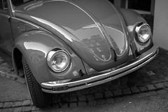 VW - Käfer (Leica Monochrome) Tags: blackandwhite blackwhite bw fineartfotografie flickr leicafriend leica monochrome monochrom monocromatico macchina nostalgie ostschweiz schwarzweiss technik vintage vw 1974 baujahr wolfsburg summilux spiegelung herbie käfer chäfer volkswagen beetle arbon bodensee 1