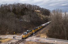 Local at Cliff Cave (Seven Tracks Photography) Tags: up lse57 local cliffcave park st louis missouri mo stlouis gp60 emd sd60 sd40n train railroad yard outdoor photography power locomotive manifest mixedfreight southbound freight horn