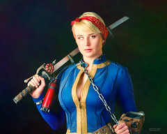 Pax 2018 (tony_redink2000) Tags: throwbackthursday cosplay costume gimp aftershotpro portrait people tonydelovphotoart photography photographer quality woman work artwork expression beauty female set series lifestyle life modern face model cover image impression professional style blonde art artist color contrast studio photo shot location lighting shooting fashion