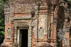 Angkor_Preah_Ko_2014_09