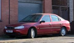 P136 FFP (Nivek.Old.Gold) Tags: 1997 ford mondeo lx 16v 5door 1796cc