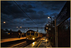 Evening shift (david.hayes77) Tags: 2014 class66 shed freightliner intermodal containers cargo freight actonbridge cheshire 66593 bluehour dusk winter night evening wcml westcoastmainline reflections