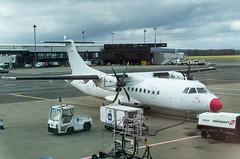 IMGP8058_LY-DAT_GLA (ClydeSights) Tags: at45 atr atr42500 airport dotlt egpf gla glasgowinternationalairport lydat loganair cn445