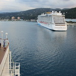 Jamaica -  Ocho Rios: the mighty NORWEGIAN BREAKAWAY viewed from deck of NCL-cruise-ship PEARL thumbnail