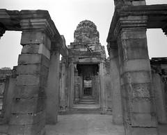 1083 (The Dent.) Tags: mamiya 7ii acros hc110 dilution b 6 mins cambodia siem reap
