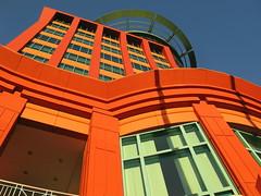 BIG ORANGE (André Pipa) Tags: colombo lisboa shoppingcenter mall compras shoppinginlisboa architecturelisboa benfica carnide photobyandrépipa