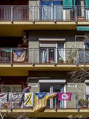 Llibertat! (flaviopetrone) Tags: street streetphotography people barcelona spain architecture building llibertat freedom catalunya