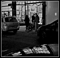 Rennies Arts and Crafts Shop, Liverpool (ronramstew) Tags: renniesartsandcraftsshop liverpool shop gallery rennies boldstreet merseyside bw blackandwhite artsandcrafts reflection