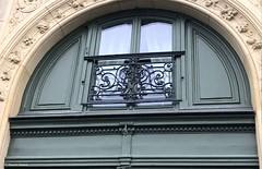 porte-boulevard-st-michel®© (alexandrarougeron) Tags: photo alexandra rougeron porte urbain ville paris rue avenue boulevard