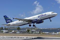 DSC_9553Pwm (T.O. Images) Tags: n583jb jetblue airbus a320 sxm st maarten princess juliana airport