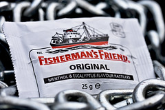 Fisherman's Friend (roanfourie) Tags: flickrlounge weeklytheme productphotography fresh chain friend fisherman nikon d3400 tamron sp af 60mm diii dx raw gimp february 2019