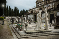 You're my Valentine, from here to eternity 💘 (Ciao Anita!) Tags: firenze florence fi toscana toscane tuscany italia italy italië begraafplaats cimitero cemetery koppel coppia couple graf tomba tomb bellitalia friends hm supershot theperfectphotographer