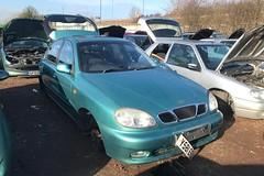 Daewoo Lanos SX (Sam Tait) Tags: 2001 green 16 car scrap petrol sx lanos daewoo