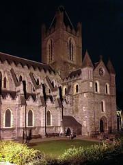 Dublin - Christ Church Cathedral, Sitz des Erzbischofs (CocoChantre) Tags: bauwerk dublin kathedrale kirche kirchturm turm kevinstreet irland ie