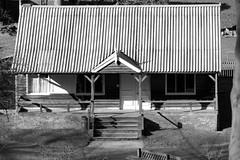 the old cafe hut sooc (Mallybee) Tags: sooc fuji fujifilm xt100 apsc bayer mallybee hut hubbards hills old tin cafe bw blackwhite film sim 55200mm f3548 fujinon zoom ios xf