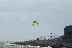 2018_08_15_0161 (EJ Bergin) Tags: sussex westsussex worthing beach seaside westworthing sea waves watersports kitesurfing kitesurfer seafront lewiscrathern