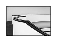 curves (Karl-Heinz Bitter) Tags: monochrome framed blackwhite black white art fine museum nürnberg architecture karlheinzbitter abstract abstrakt indoor