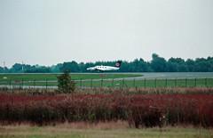 1991 Berlin SXF Lufthansa D-IOSD Schulflugzeug (rieblinga) Tags: berlin sxf flughafen schönefeld lufthansa diosd schulflugzeug ausbildung 1991 analog canon eos 100 revue dia e6