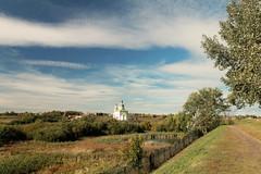 Autumn in Suzdal (Hoppipolga) Tags: russia canon trip europe suzdal autumn nature church