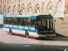 K327 FAL (nevetsyam1404) Tags: parkride broadmarshbusstation wellglade trentbarton bartonbuses barton b48f sb220 daf dafsb220 delta optare optaredelta 327 k327fal