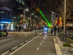 2704  Nocturna con rayo laser (Ricard Gabarrús) Tags: