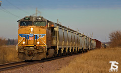 UP 7682 Leads SB Manifest near Iowa Falls, IA 12-24-18 (KansasScanner) Tags: iowafalls iowa up csx fire fd train railroad