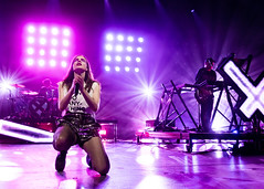 Chvrches 09/23/2018 #52 (jus10h) Tags: chvrches laurenmayberry thegreek greektheater theatre griffithpark losangeles california live music tour concert show gig event performance venue stage band artist photography photographer sony dscrx100 dscrx100m5 2018 sunday september 23 justinhiguchi