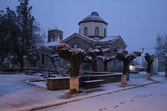 Η εκκλησία του Αγίου Σπυρίδωνα. (Giannis Giannakitsas) Tags: snow χιονι greece grece griechenland αγιοσ σπυριδωνασ ορχομενοσ βοιωτια orchomenos viotia canon 4000d