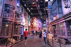 Harry Potter - Diagon Alley (raluistro) Tags: london london2018 europe harrypotter diagonalley warnerbrothersstudios