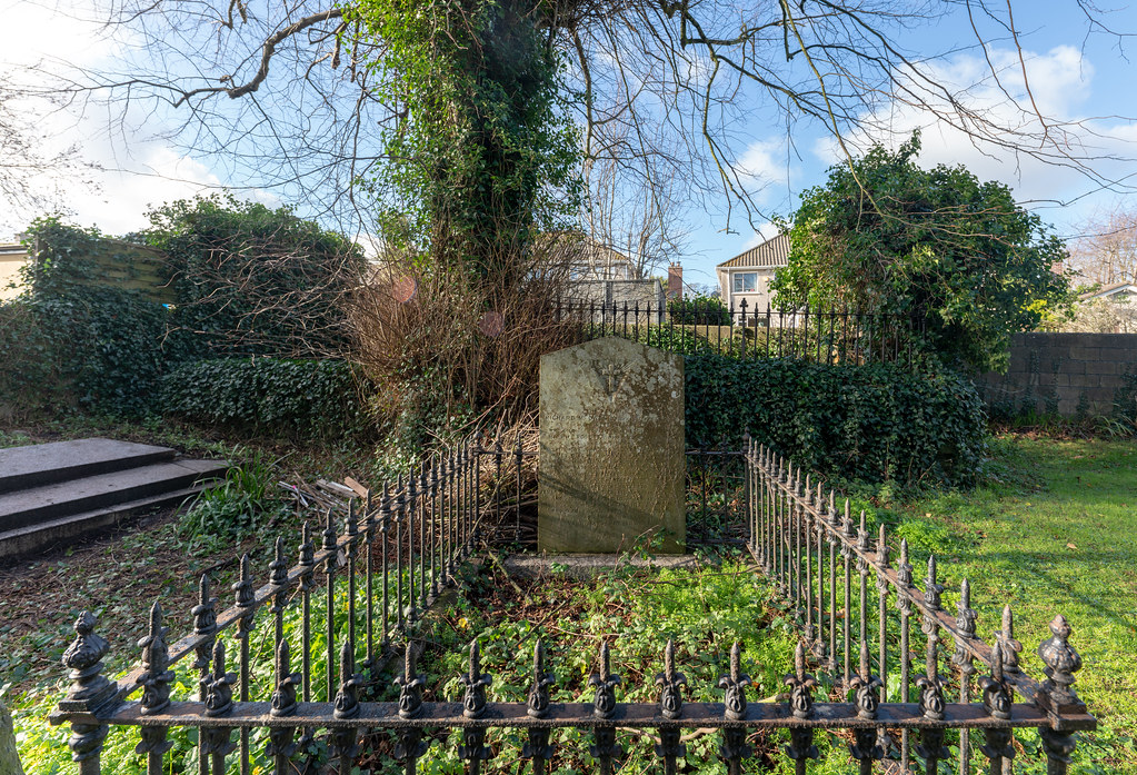 ST COLUMBA'S CHURCH AND GROUNDS IN SWORDS COUNTY DUBLIN [CHURCH ROAD]-148789