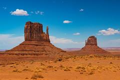 Monument Valley (ValeTer_) Tags: butte mountainous landforms sky natural environment formation rock desert landscape geology volcanic plug monumentvalley arizona nikon nikond7500 nature navajo