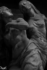 Genova, Cimitero Monumentale di Staglieno (Sven Kapunkt) Tags: friedhof friedhöfe gräber grab graveyard grabmal gothic grabstätte genova genua cemetery cemeteries cimetière campo cimitero certosa italia italien italy ligurien liguria statue staglieno angel engel